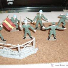 Figuras de Goma y PVC: SOLDADOS COMANSI,LOTE ESPAÑOLES CON ABANDERADO Y VALLA. Lote 39410789