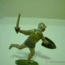 Figuras de Goma y PVC: SOLDADO MEDIEVAL EN GOMA REF 123 REAMSA. Lote 39485847