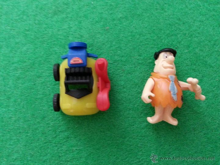HUEVO KINDER SORPRESA (Juguetes - Figuras de Gomas y Pvc - Kinder)