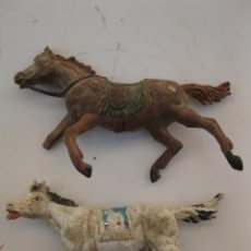 Figuras de Goma y PVC: LOTE DE 2 CABALLOS DE GOMA EN MAL ESTADO - JECSAN - AÑOS 50.. Lote 39859523