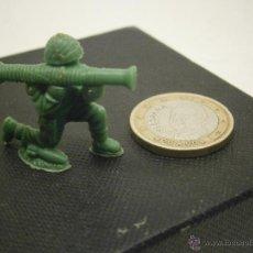 Figuras de Borracha e PVC: FIGURITA DUNKIN SOLDADO AMERICANO 19. Lote 39916897