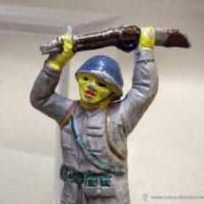 Figuras de Goma y PVC: FIGURA DE GOMA, SOLDADO JAPONES, FABRICADO POR PECH, MUTILADO. Lote 40711767
