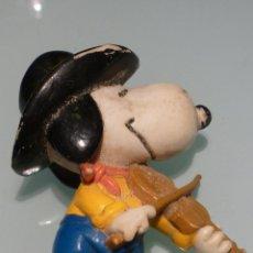 Figuras de Goma y PVC: SNOOPY AÑOS 80 DE UNITED FEATURE 6 CM ALTURA.. Lote 40839937