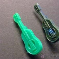 Figuras de Goma y PVC: PIN PINS DE PLASTICO PIPAS CHURRUCA GUITARRA. Lote 40972378