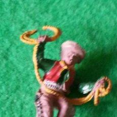 Figuras de Goma y PVC: FIGURA DE VAQUERO DE LAFREDO EN GOMA. Lote 40995739