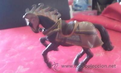 Figuras de Goma y PVC: Precioso caballo con armadura medieval de BULLY . PVC - Foto 2 - 41243933