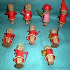 Figuras de Goma y PVC: CONJUNTO DE 9 MUÑEQUITOS DE PLASTICO CON DIFERENTES COMPLEMENTOS.DE 7 A 9 CM.. Lote 42155769