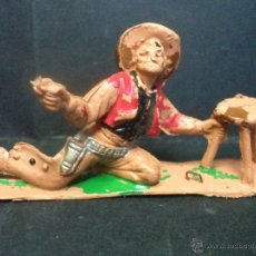 Figuras de Goma y PVC: VAQUERO CON TABURETE DE COMANSI. Lote 42373662