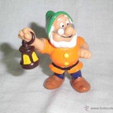 Figuras de Goma y PVC: ENANO CON FAROL DE PVC BULLY . Lote 42421529