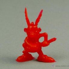 Figuras de Goma y PVC: DUNKIN FIGURA PLASTICO - PREMIUM CHICLES - ASTERIX ROJO - A12 - COMO NUEVO. Lote 78516078