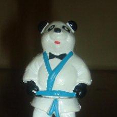Figuras de Goma y PVC: OSO PANDA JUDOKA. PROMOCIÓN EL POZO, AÑOS 90. 8 CM. Lote 43954824