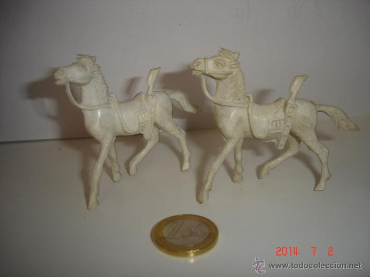 LOTE DE TRES CABALLOS COMANSI (Juguetes - Figuras de Goma y Pvc - Comansi y Novolinea)