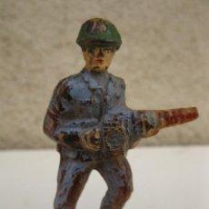 Figuras de Goma y PVC: ANTIGUO SOLDADO DE GOMA - JECSAN - AÑOS 50.. Lote 44256555