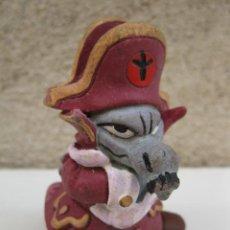 Figuras de Goma y PVC: DOLF - PERSONAJE DE ALFRED J. KWAK - FIGURA DE PVC - SCHLEICH.. Lote 44760375