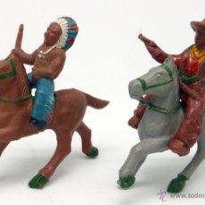 Figuras de Goma y PVC: INDIO Y VAQUERO A CABALLO LAFREDO GOMA AÑOS 50 3,5 CM. Lote 45052079