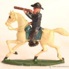 Figuras de Goma y PVC: CAPELL CABALLO Y JINETE AZUL DISPARANDO. Lote 53730293
