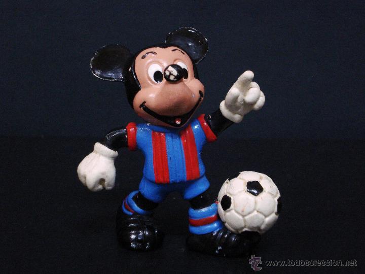 FIGURA O MUÑECO GOMA PVC - MICKEY FUTBOLISTA (Juguetes - Figuras de Goma y Pvc - Otras)