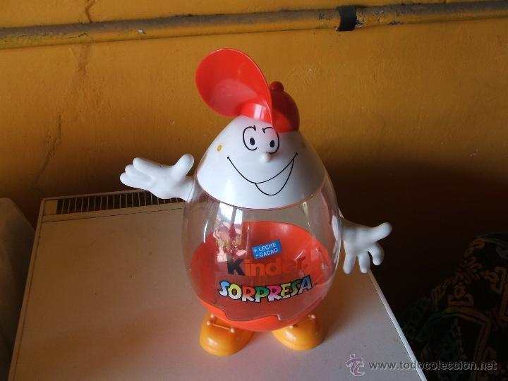 EXPOSITOR HUEVOS CHOCOLATE KINDER SORPRESA. (Juguetes - Figuras de Gomas y Pvc - Kinder)
