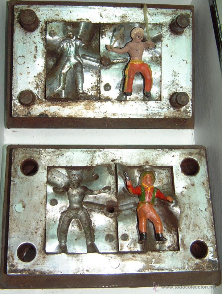 CAPELL MOLDE JINETE INDIO DOS FLECHAS Y VAQUERO (Juguetes - Figuras de Goma y Pvc - Capell)