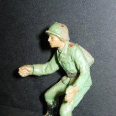 Figuras de Goma y PVC: FIGURA SOLDADO ALEMAN DOTACION DEL CAÑON , DE PECH. Lote 45273043