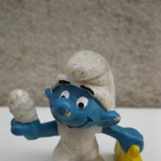 Figuras de Goma y PVC: PITUFO CON MALETÍN - FIGURA DE PVC.. Lote 45422360