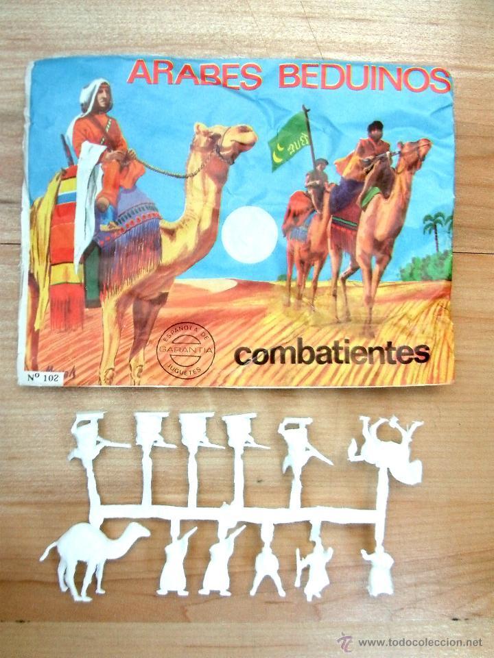 MONTAPLEX SOBRE Nª 102 ÁRABES BEDUINOS VACIO + 1 COLADA DE SOLDADOS ÁRABES EN COLOR BLANCO (Juguetes - Figuras de Goma y Pvc - Montaplex)
