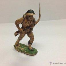 Figuras de Goma y PVC: SOLDADO INGLES DE GOMA DE PECH FUSIL EN HOMBRO. Lote 45791165