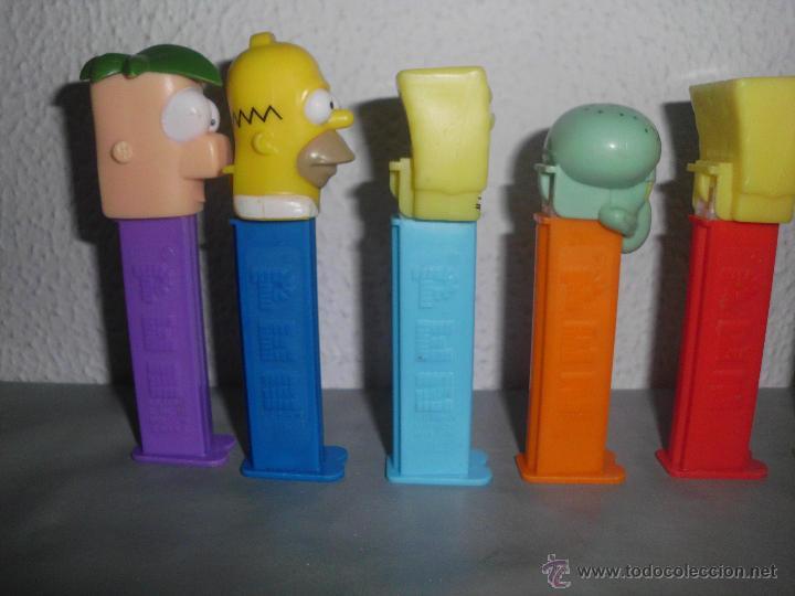 Dispensador Pez: dispensadores de caramelos pez dispensador caramelo personajes series animadas pfs - Foto 11 - 74250329
