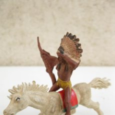Figuras de Goma y PVC: ANTIGUO INDIO A CABALLO DE GOMA ORIGINALES DE JECSAN - AÑOS 50.. Lote 46155582