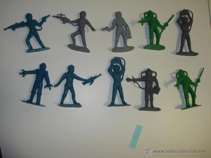 LOTE DE 10 FIGURAS COMANSI OVNI --LOTE 4-- (Juguetes - Figuras de Goma y Pvc - Comansi y Novolinea)