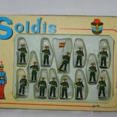 Figuras de Goma y PVC: CAJA DE SOLDADOS, GUARDIA CIVIL DE GALA ( MARCA SOLDIS, GOMARSA ) PLASTICO- REALIZADOS EN PLASTICO I. Lote 46665482
