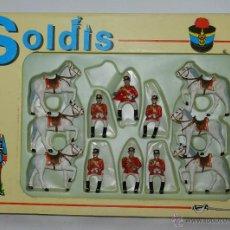 Figuras de Goma y PVC: CAJA DE SOLDADOS, GUARDIA MUNICIPAL A CABALLO ( MARCA SOLDIS, GOMARSA ) PLASTICO- REALIZADOS EN PLAS. Lote 46665559