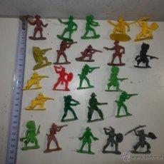 Figuras de Goma y PVC: FIGURAS DE PVC INDIOS Y VAQUEROS MINI OESTE COMANSI DE PIPERO 4 CM. Lote 46978448