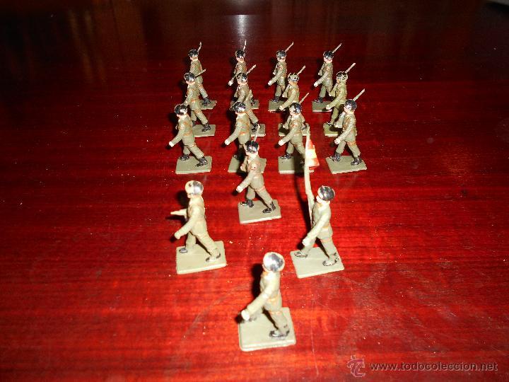 Figuras de Goma y PVC: 13 figuras de Paracaidistas. Plastico Pintado Gomarsa, Reamsa ,Soldis 1960-70s - Foto 4 - 51112572