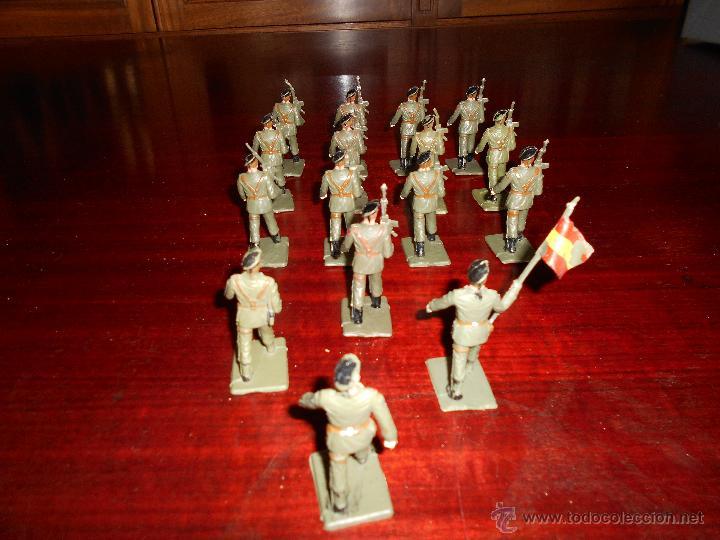 Figuras de Goma y PVC: 13 figuras de Paracaidistas. Plastico Pintado Gomarsa, Reamsa ,Soldis 1960-70s - Foto 5 - 51112572