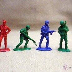 Figuras de Goma y PVC: RAROS PIPEROS, 6 FIGURAS DE PLASTICO, SOLDADOS AMERICANOS, 1970S, 7 CM. Lote 47390865
