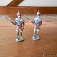 Figuras de Goma y PVC: LOTE DE DOS ROMANOS EN PLÁSTCIO, DEBAJO PONE BP. Lote 47461875