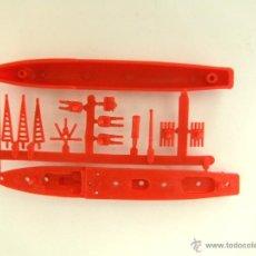 Figuras de Goma y PVC: MONTAPLEX - COLADA BARCO HARDING Nº 437 - ROJA. Lote 167741825
