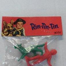 Figuras de Goma y PVC: FIGURAS DE PLASTICO TOY PLASTIC RIN-TIN-TIN. EMOROBER. AÑOS 70. Lote 47809143