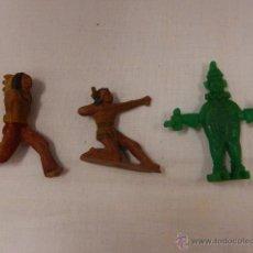 Figuras de Goma y PVC: LOTE DE TRES SOLDADOS DE GOMA / PLÁSTICO. . Lote 48108407
