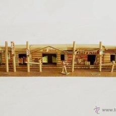 Figuras de Goma y PVC: POBLADO MINI OESTE COMANSI AÑOS 60. Lote 48457551