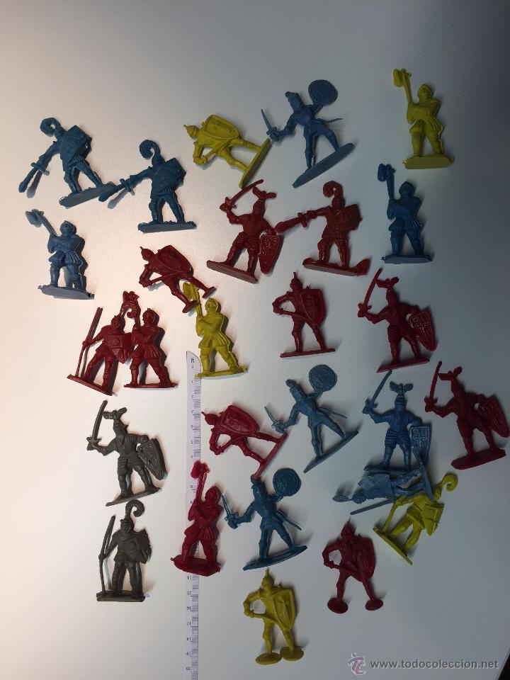 LOTE DE ANTIGUAS FIGURAS MEDIEVALES (Juguetes - Figuras de Goma y Pvc - Otras)