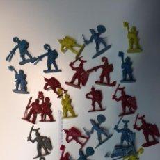 Figuras de Goma y PVC: LOTE DE ANTIGUAS FIGURAS MEDIEVALES. Lote 49083828