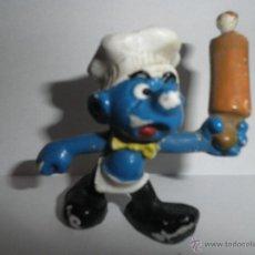 Figuras de Goma y PVC: PITUFO COCINERO O PASTELERO ANTIGUO ,AÑOS 90. Lote 116965743