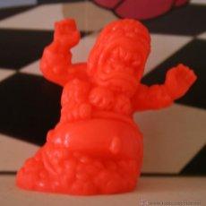 Figuras de Goma y PVC: MONSTERS IN MY POCKET SERIES 1 NBR 18 BABA YAGA. Lote 49287717