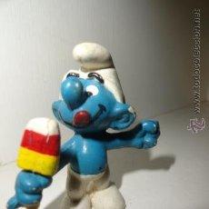 Figuras de Goma y PVC: FIGURA DE LOS PITUFOS SMURFS SCHLEICH PITUFO POLO HELADO. Lote 49381188
