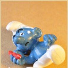 Figuras de Goma y PVC: FIGURA PVC - SCHLEICH SMURF PEYO - PITUFO + PUPITRE + BANCO 1981. Lote 49457484