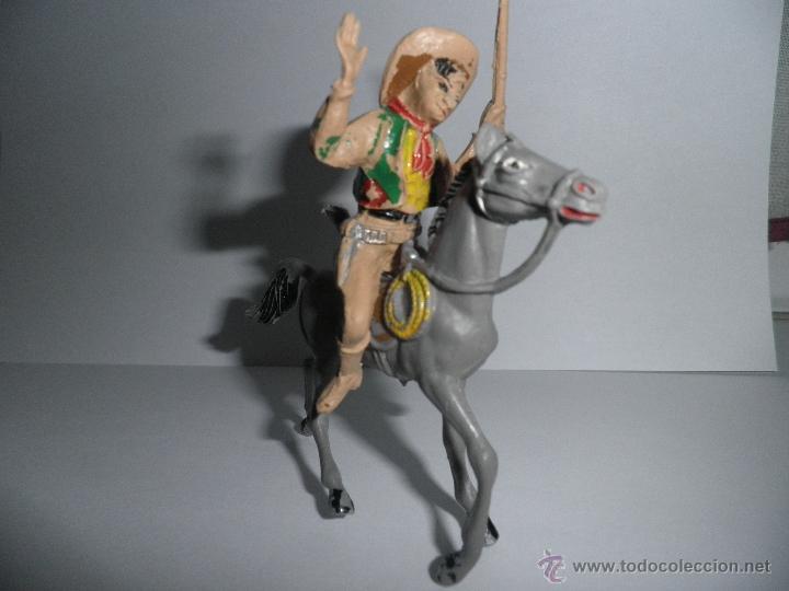 ANTIGUO VAQUERO A CABALLO,HERIDO DE FLECHA, AÑOS 60, COMANSI. (Juguetes - Figuras de Goma y Pvc - Comansi y Novolinea)