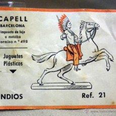 Figuras de Goma y PVC: CROMO O ETIQUETA DE CAJA FIGURAS DE GOMA, JUGUETES PLASTICOS, CAPELL, INDIOS, REFERENCIA 21. Lote 49486562