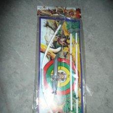 Figuras de Goma y PVC: ARCO Y FLECHAS EN BLISTER AÑOS 70. Lote 49650788